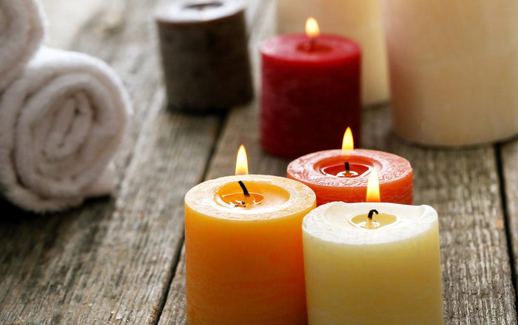 Midbec visning bostad hem wallpaper tapet homestyling homestaging Doftljus ljus candles