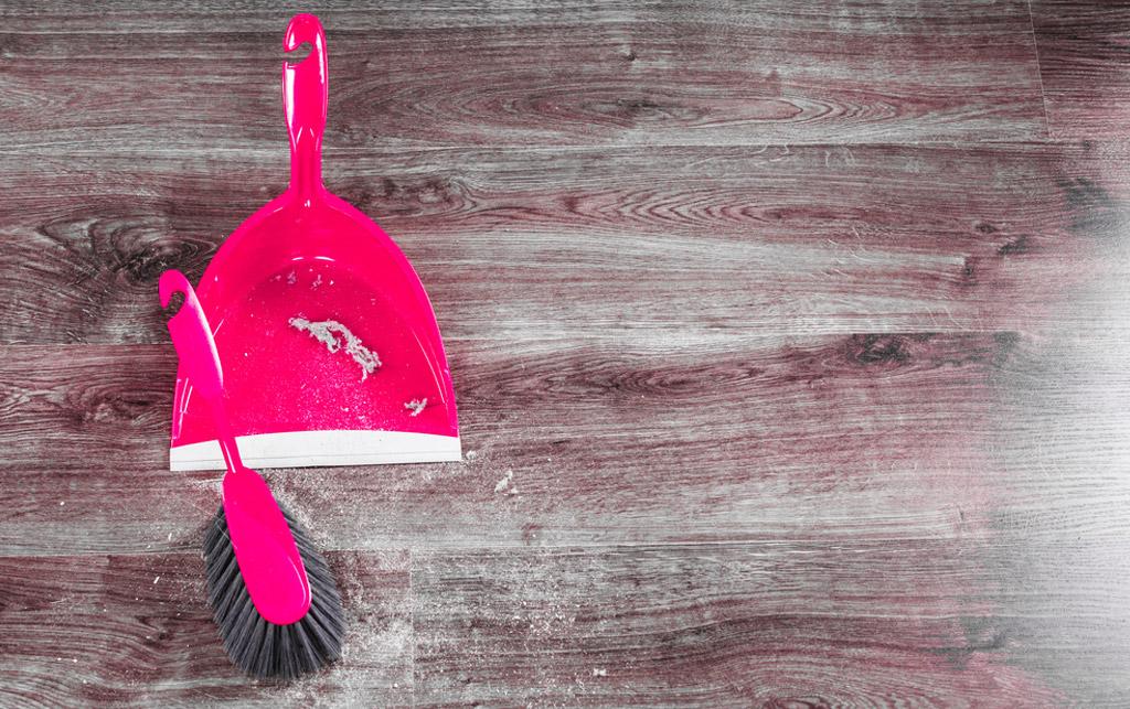 Midbec visning bostad hem wallpaper tapet homestyling homestaging stada clean cleaning flyttstad