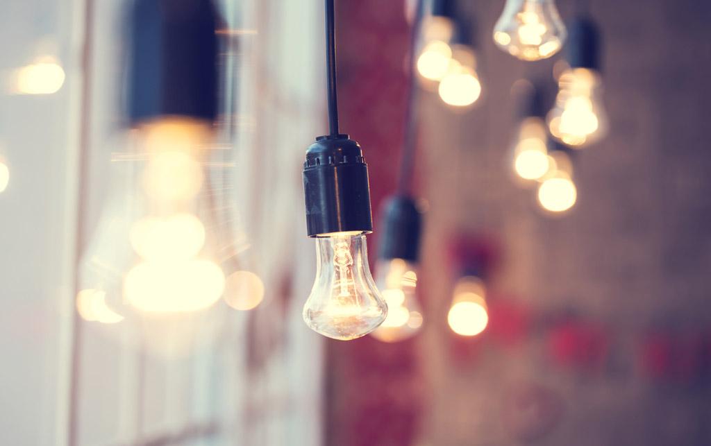 Midbec visning bostad hem wallpaper tapet homestyling homestaging Belysning ljus lights