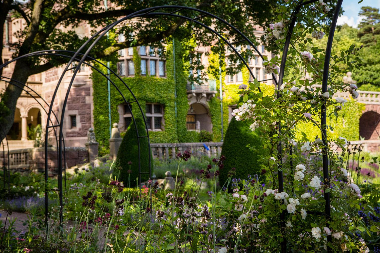 Midbecs_sommarpärlor-tjolöholms_slott_slottsträdgård