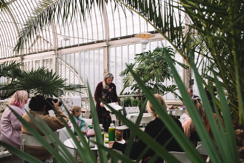 Tapetfrukost-Palmhuset-Morgongåva-Hanna-W--originalskisser-Midbec-Tapeter