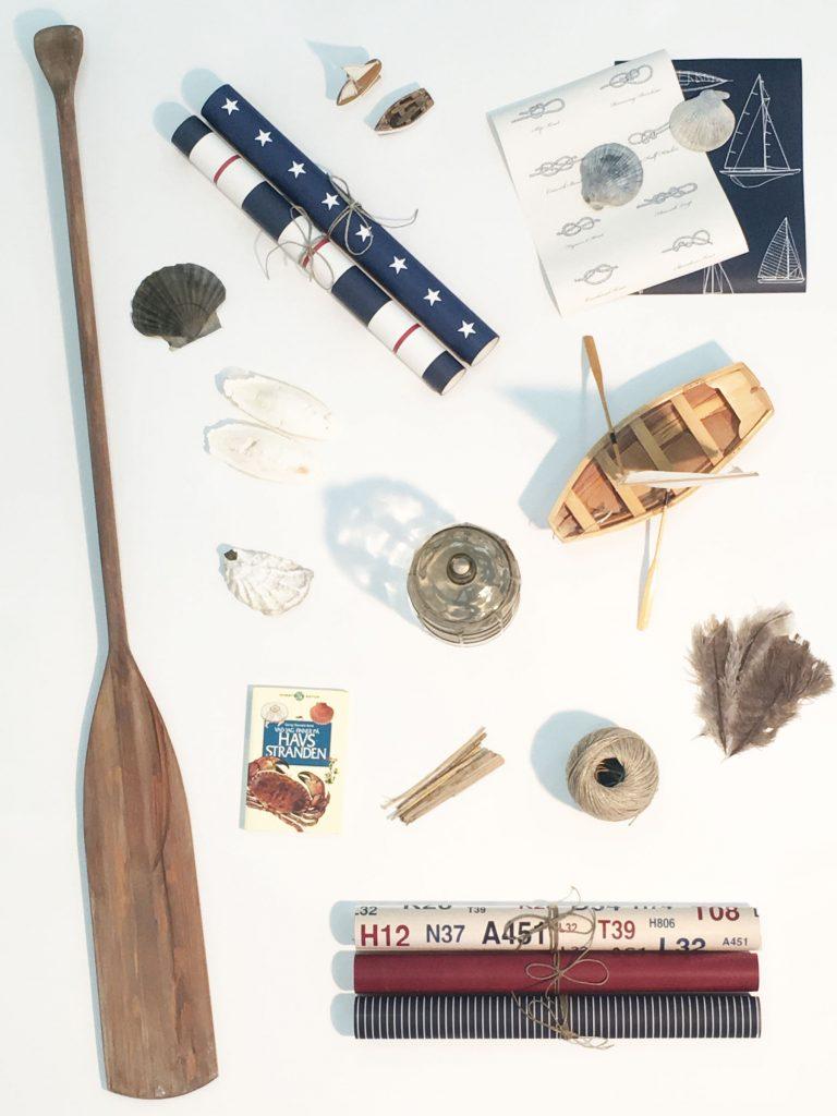havet-regatta-blå-tapeter-tapeter-med-stjärnor-ranidga-marint-fynd