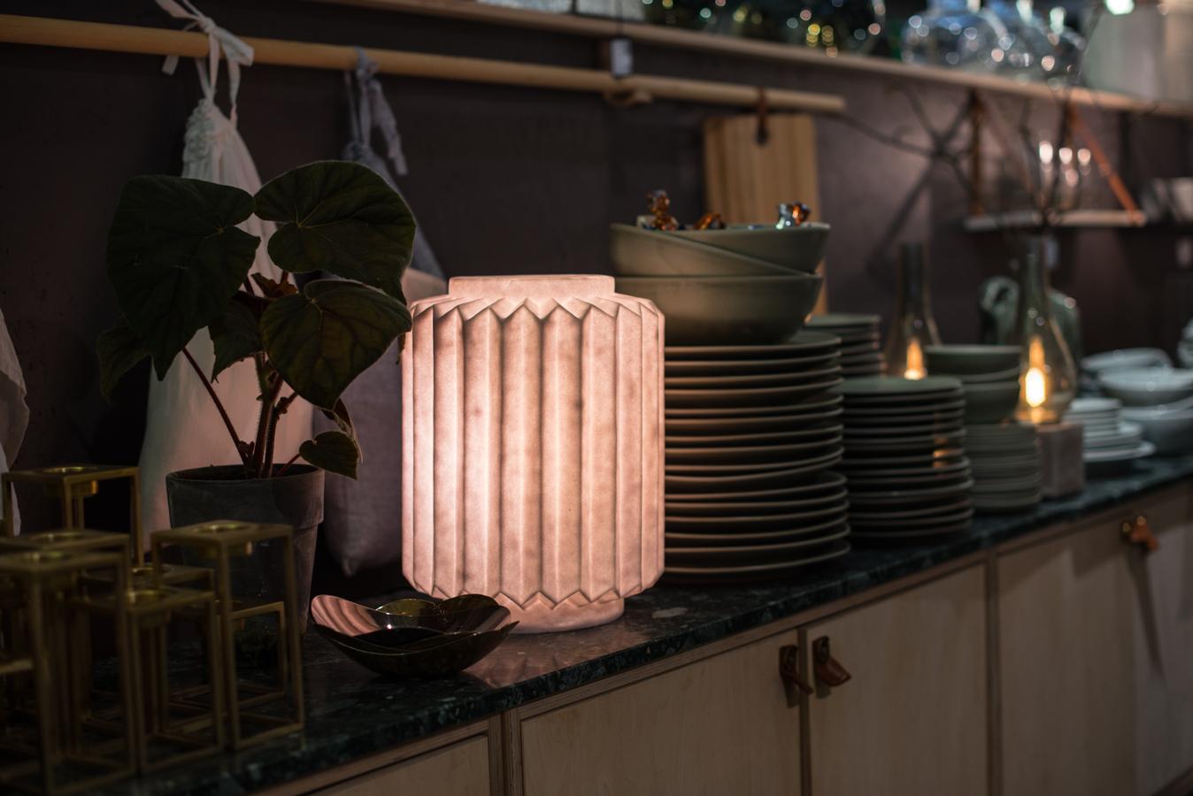 inspireras av belysning bordslampa midbec tapeter