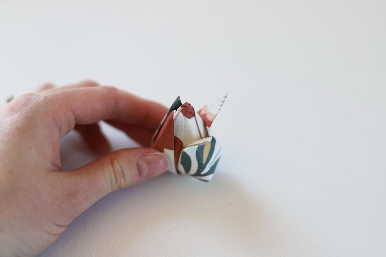 påskpyssel-papperstulpaner-midbec-tapeter-vika-steg-6