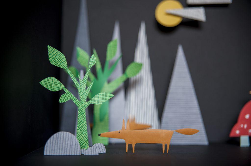 midbec tapeter skog monster detaljer inredning inspiration
