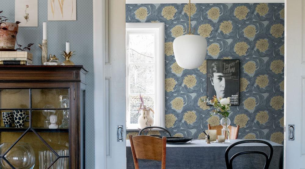 så-lyckas-du-med-dina-mönstrade-väggar-blomstermåla-midbec-tapeter