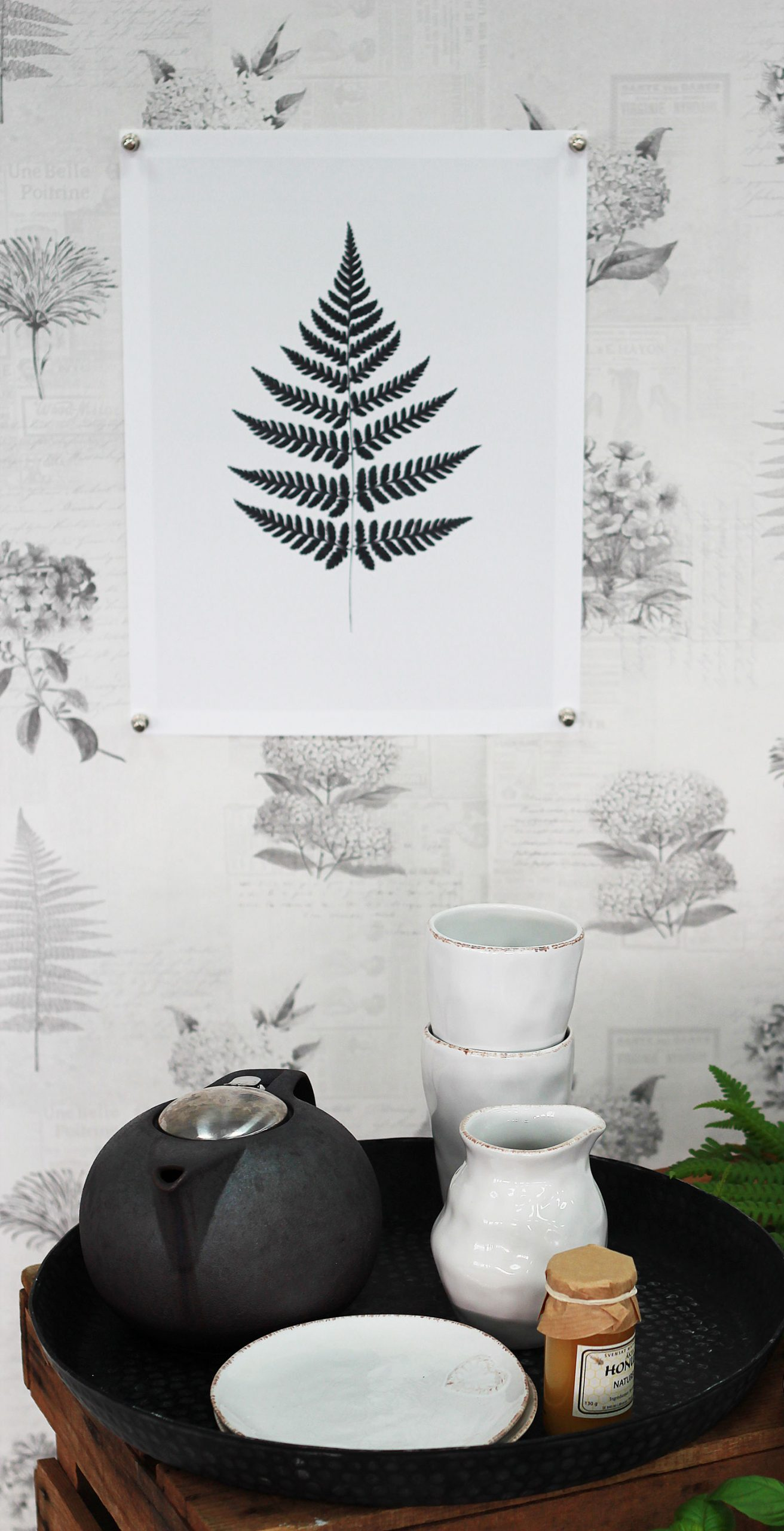 tapeter-midbec-botanik-murgrona-desenio-trabackar