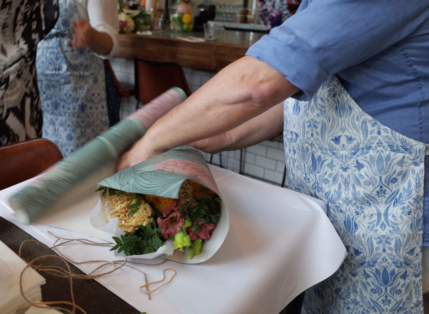 tapetfrukost-blomsterbinderi-björn-nilsson-midbec