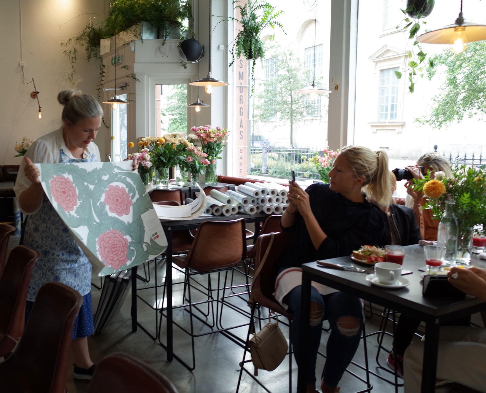 tapetfrukost-hanna-wendelbo-lansering-blomstermåla-smörgåsbaren-midbec